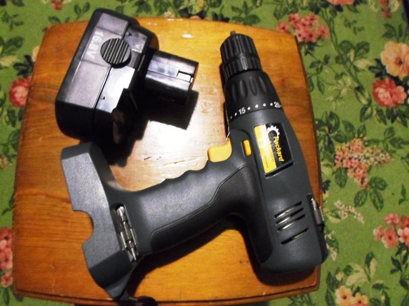 Никель кадмиевые батареи в шуруповерте
