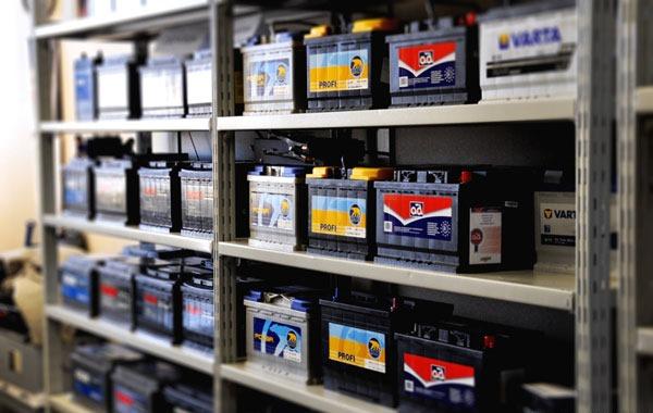 хранение аккумулятора в гараже