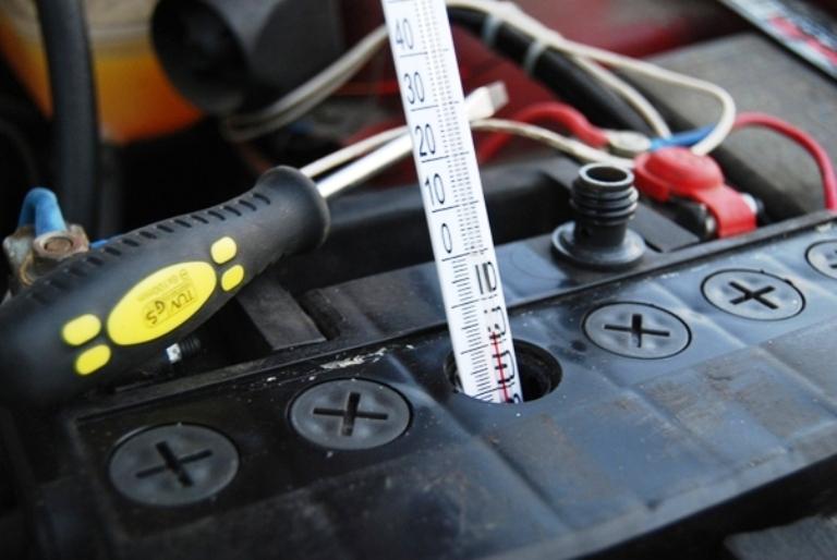 Можно ли избежать замерзания аккумулятора