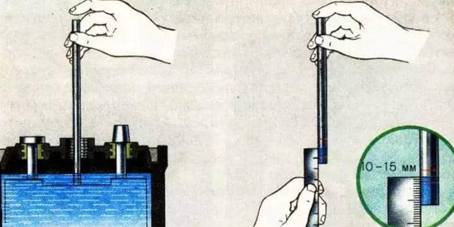 Проверка уровня электролита в АКБ должен быть на мм выше пластины