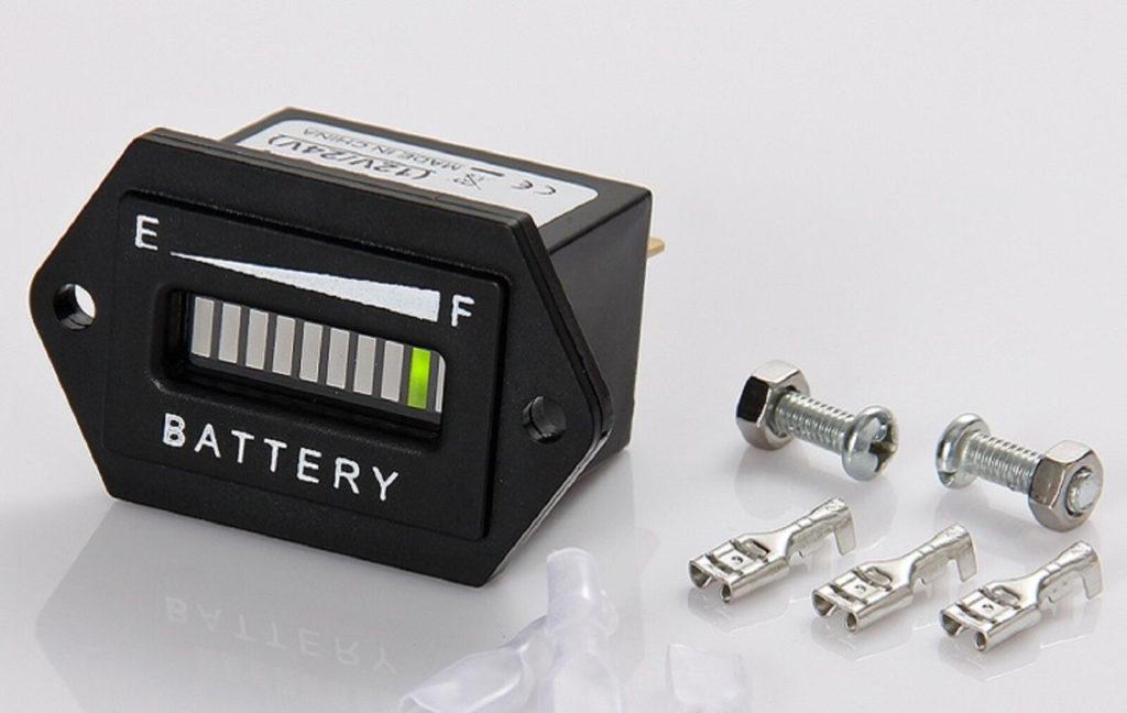 Для чего нужен индикатор заряда аккумулятора
