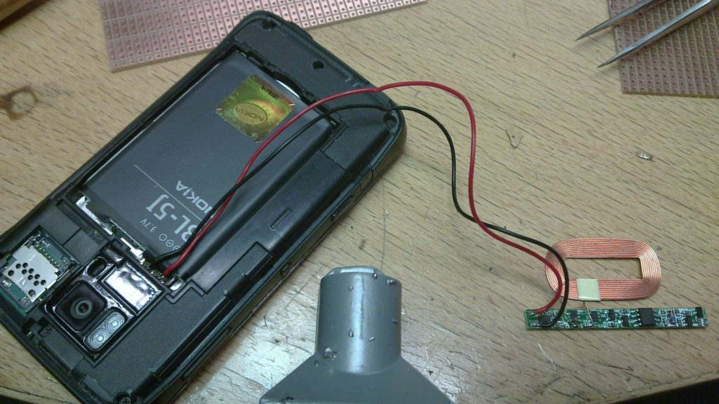 Запуск телефона без аккумулятора